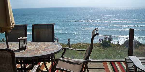 Great Oceanfront Beach House, 866