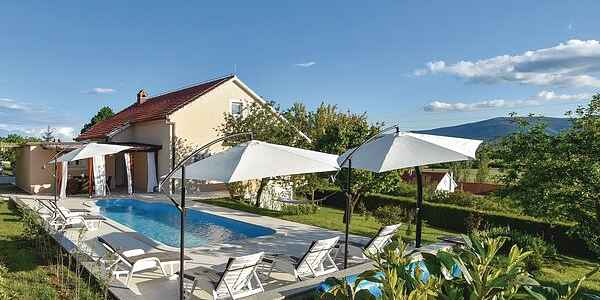 Holiday home in Sinj
