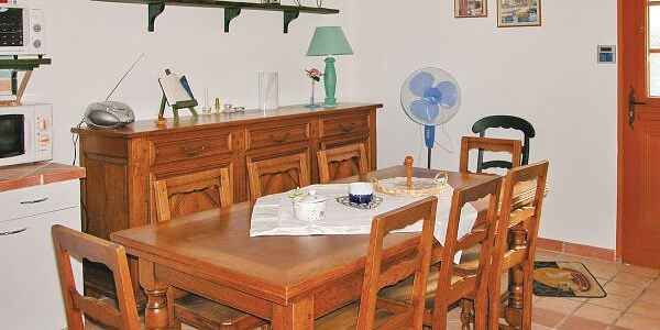 Apartment in Robiac-Rochessadoule