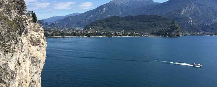 Die besten Sehenswürdigkeiten und Urlaubsaktivitäten am Gardasee (2021)
