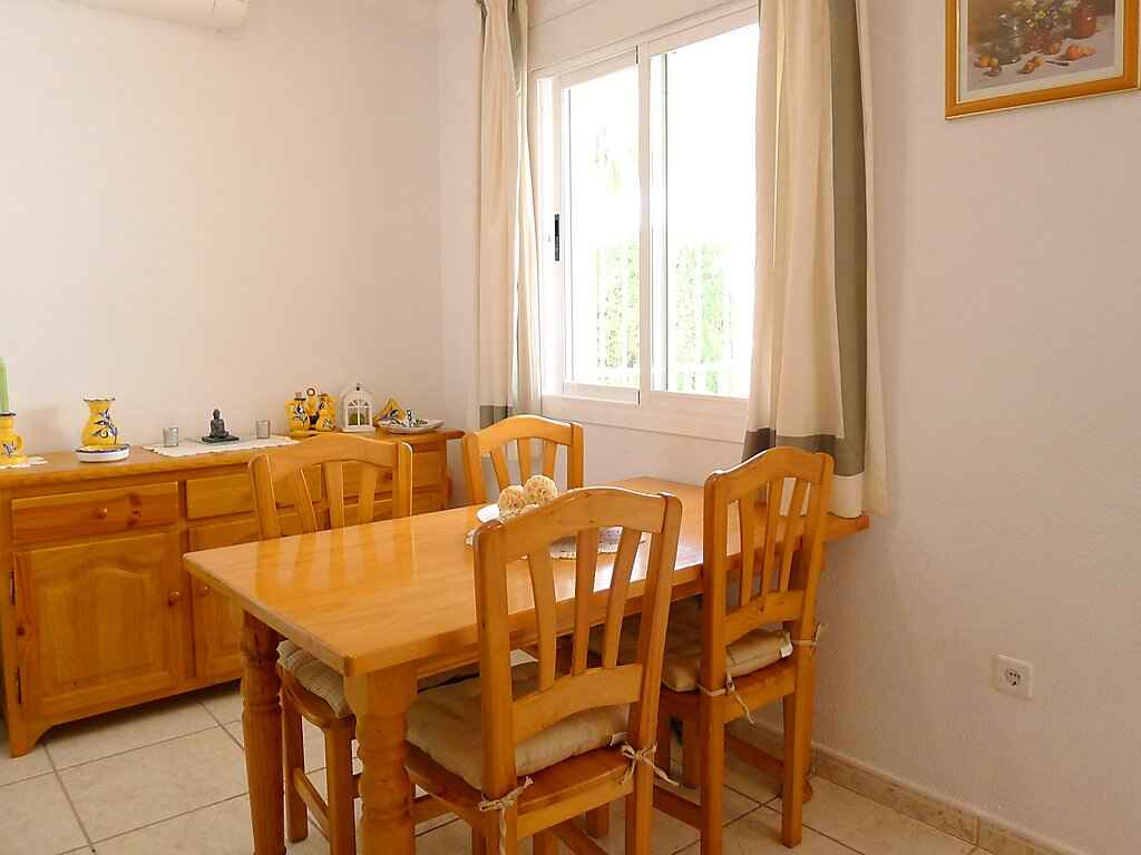 Town house in Calp