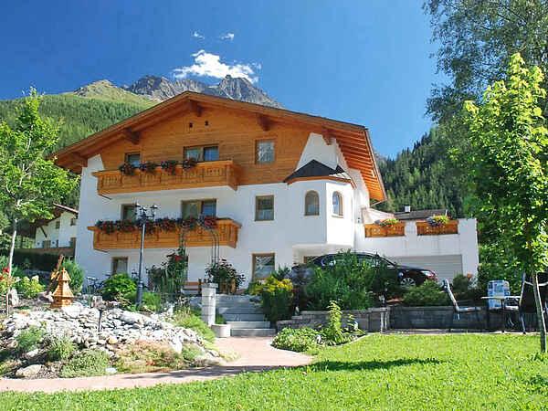 Apartment in Pettneu am Arlberg