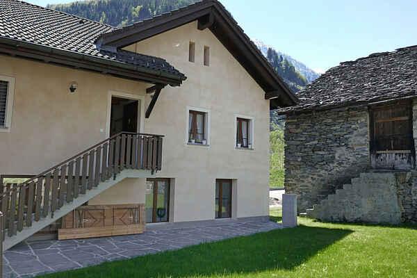 Villa in Chironico