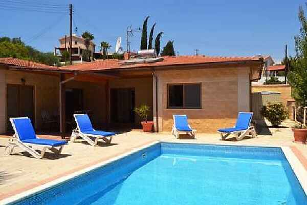 Town house in Pissouri