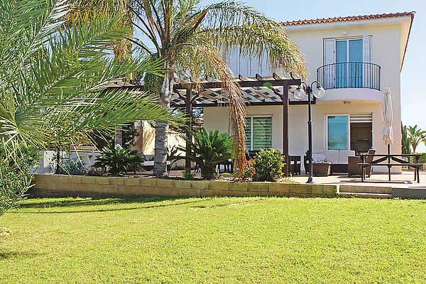Villa i Protaras