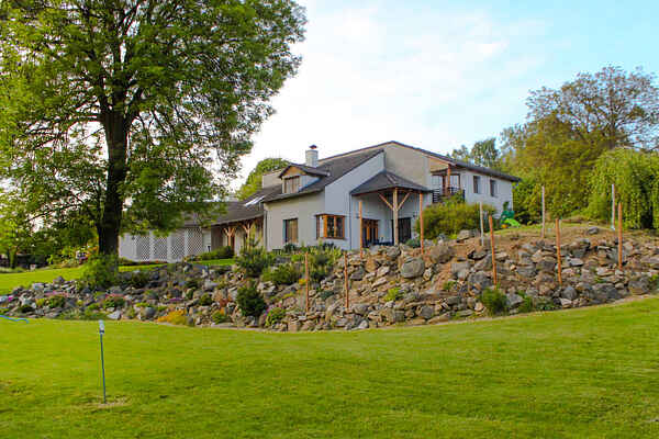 Villa à Dubiny