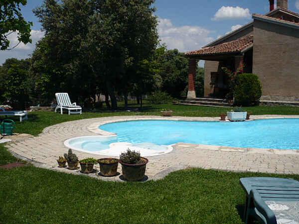 Villa in Segovia