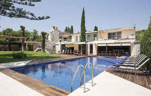 Villa ihes8200.136.1