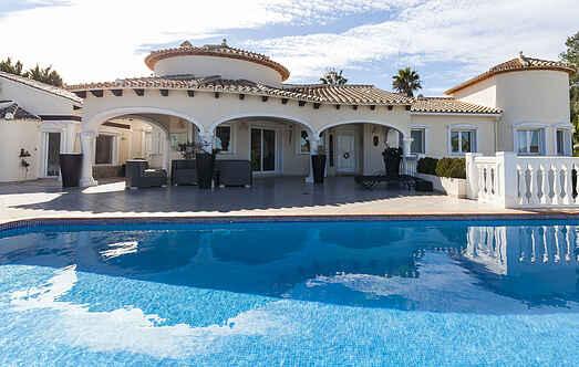 Villa ihes9700.981.1