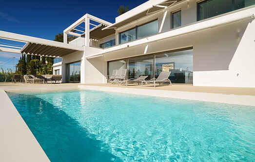 Villa ihes9710.8001.1