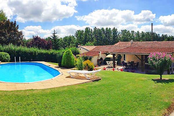 Villa en Baignes-Sainte-Radegonde