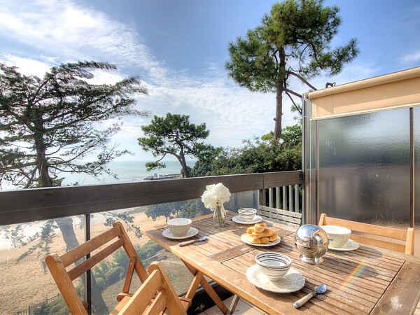 Apartment in Saint-Palais-sur-Mer