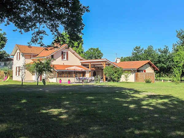 Villa i Sainte-Eulalie-en-Born