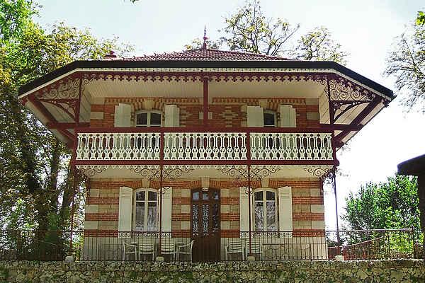 Villa in Beaune