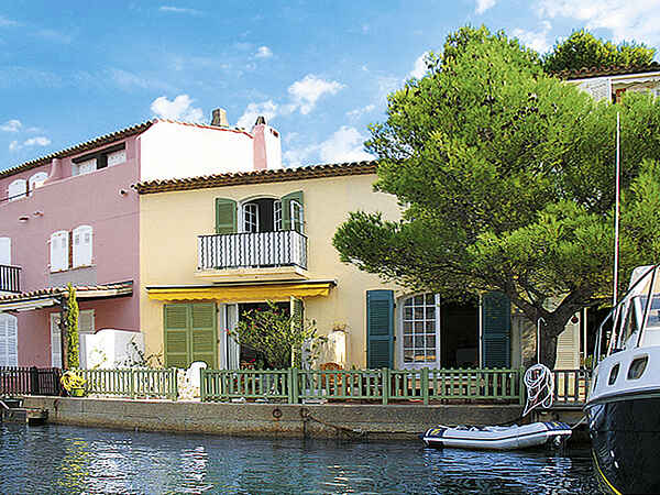 Town house in Port Grimaud