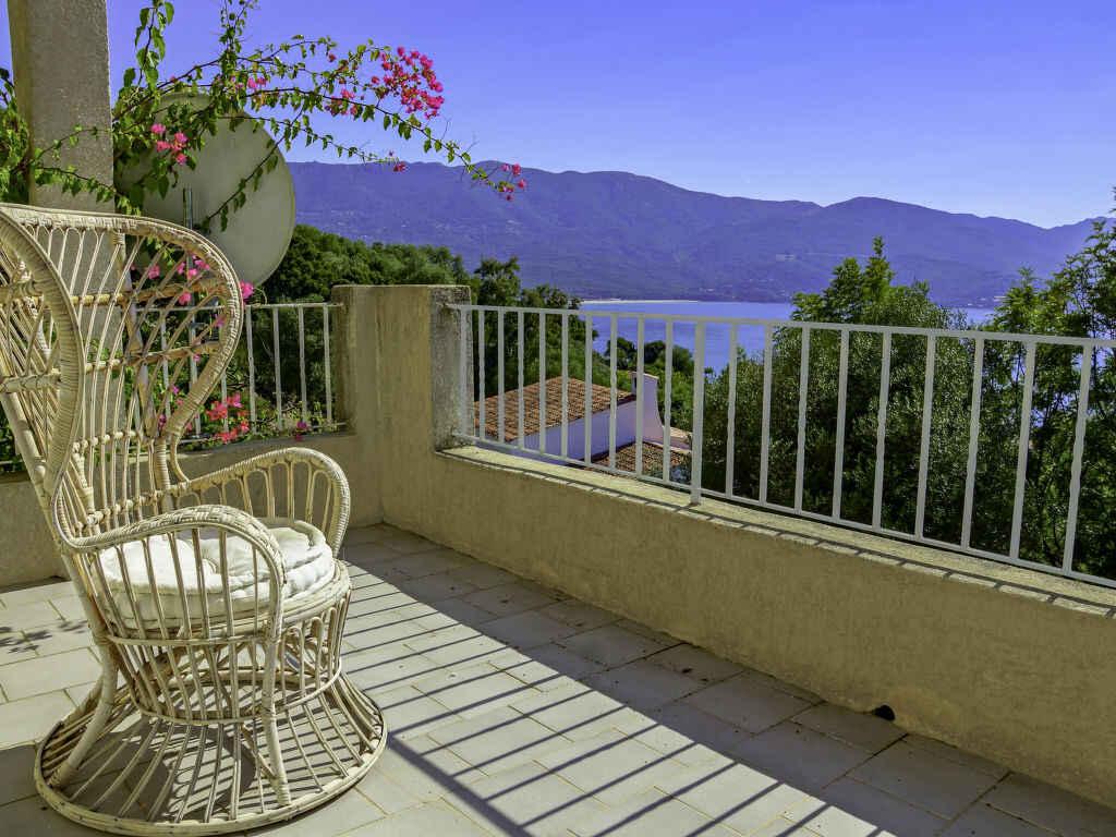 villa in calcatoggio frankreich. Black Bedroom Furniture Sets. Home Design Ideas