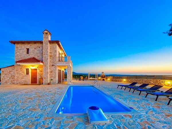 Villa i Volimes