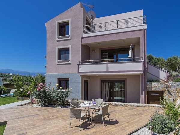 Villa i Galatas
