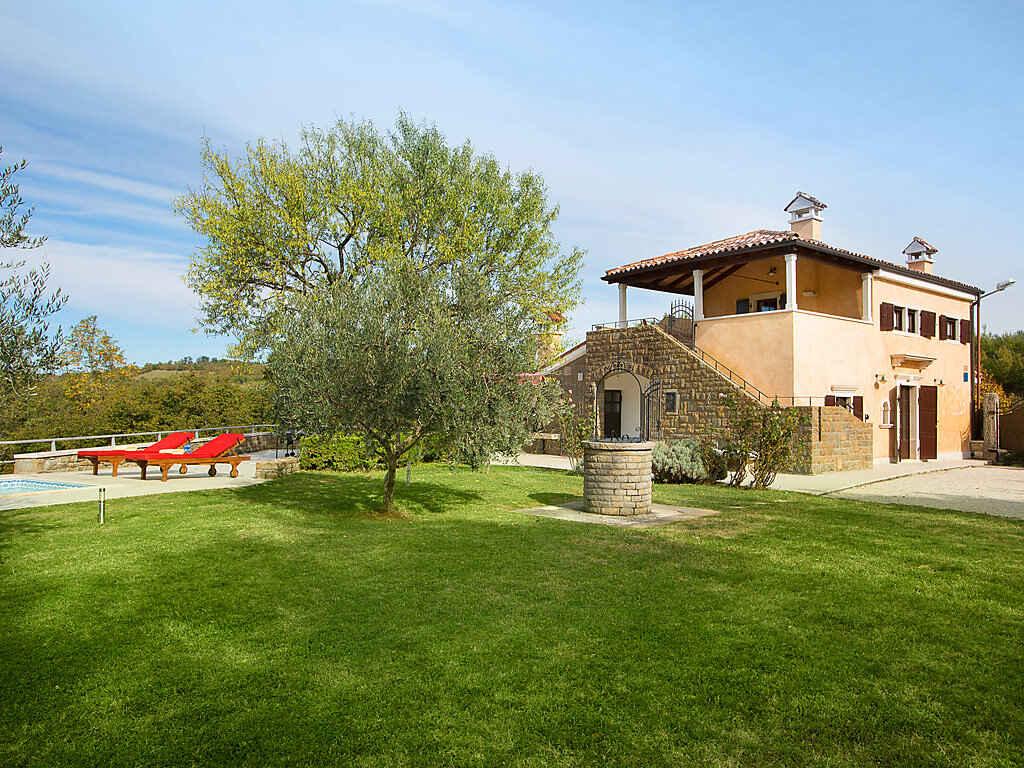 Villa in Buje