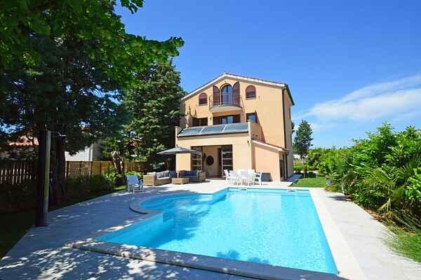 Villa i Fažana