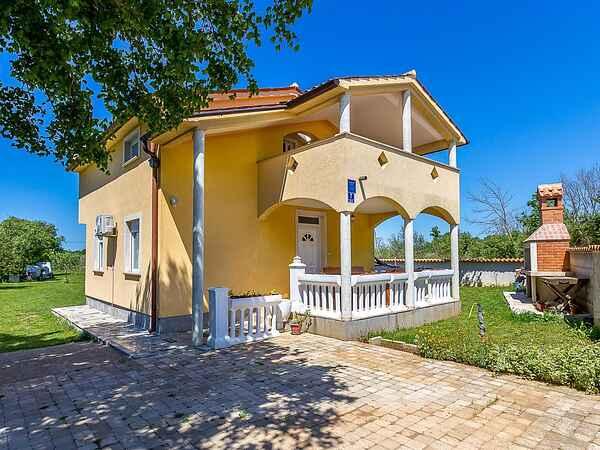 Villa i Premantura