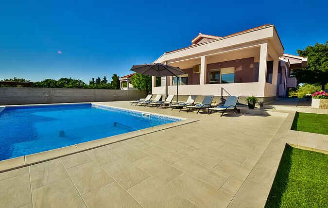Villa ihhr4013.296.1