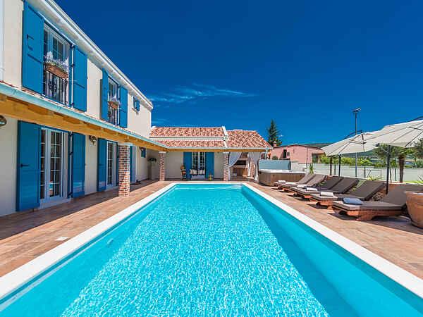Villa i Pridraga
