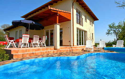 Villa ihhu8600.910.1