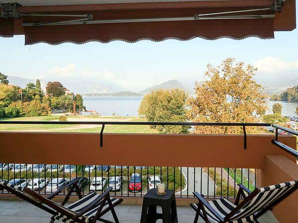 Apartment in Laveno