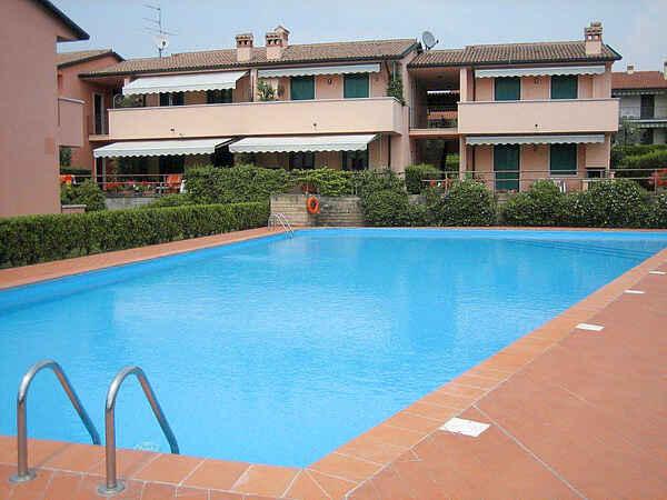 Apartment in Lazise