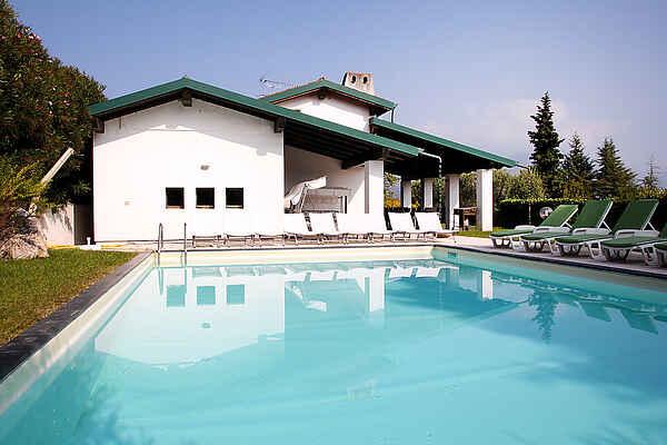Villa in Paradiso