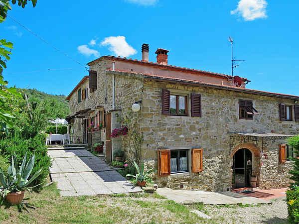 Villa in Dicomano