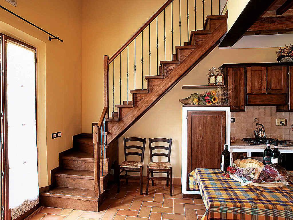 Apartment in montepulciano (italy).