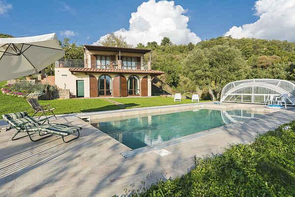 Villa in Roccastrada