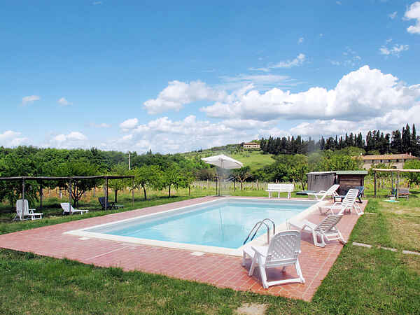 Apartment in Monteriggioni