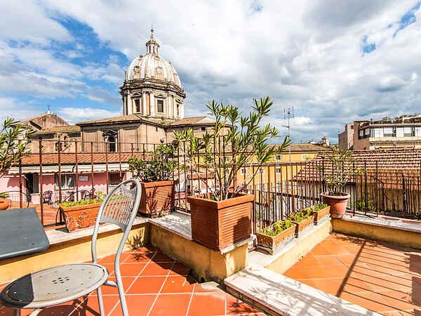 Lägenhet i Rione VI Parione