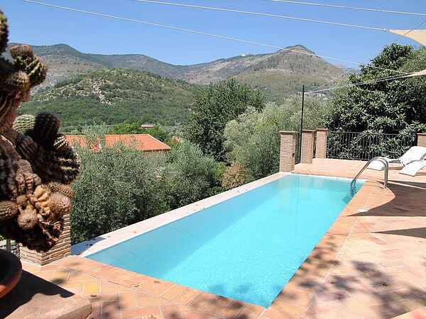 Villa i Lazzano