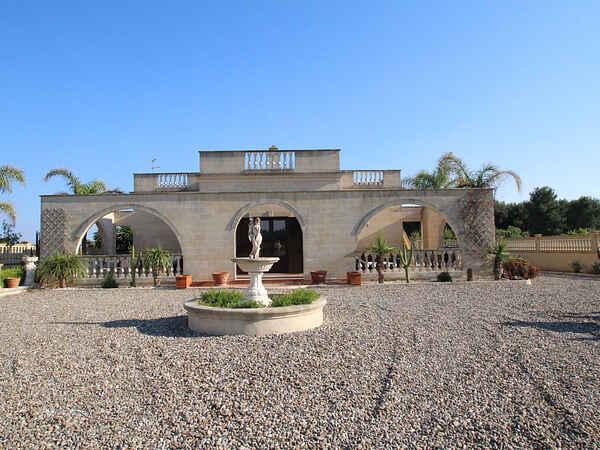 Villa i Monacizzo-librari-truglione