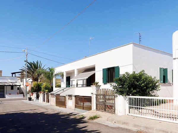Town house in Marina di Mancaversa-Giannelli