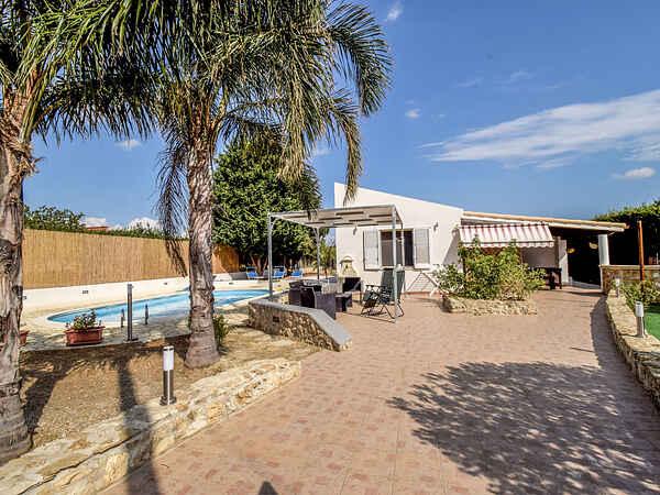 Villa i Menfi