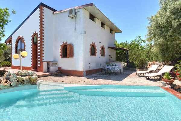Villa i Solarino