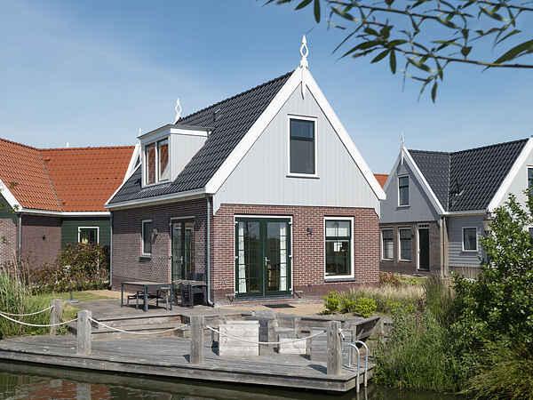 Villa in Uitdam