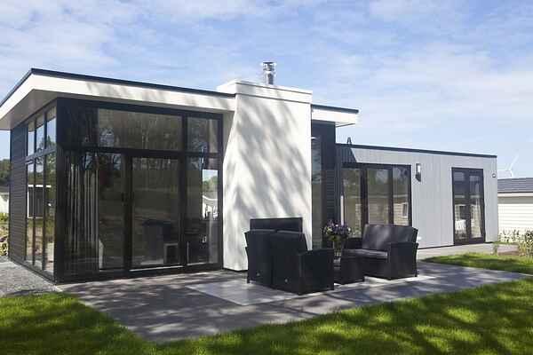 Villa i Halfweg