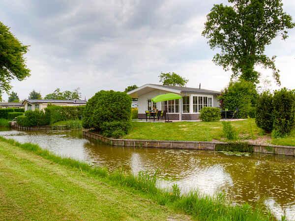 Villa in Berkhout