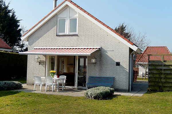 Villa in South Holland