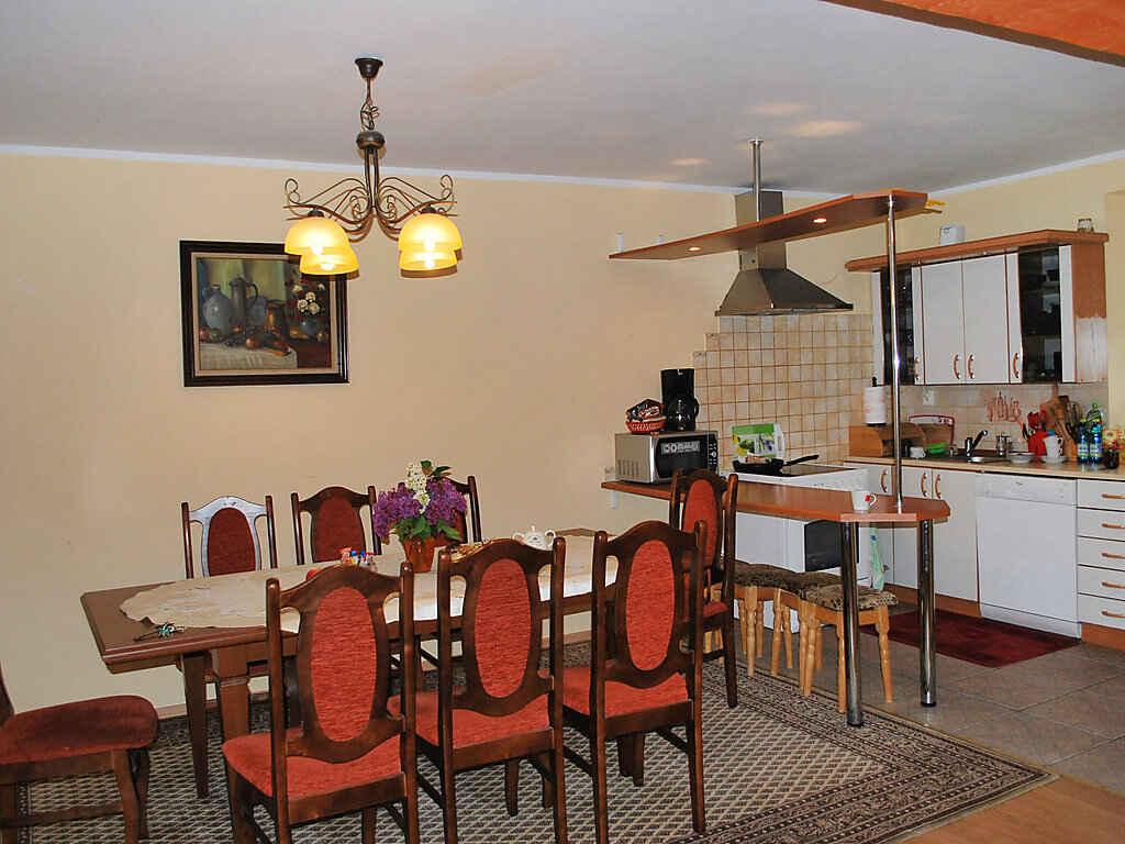 villa in odwigowo polen. Black Bedroom Furniture Sets. Home Design Ideas