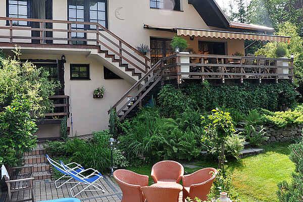 Casa in città in Nieledwia