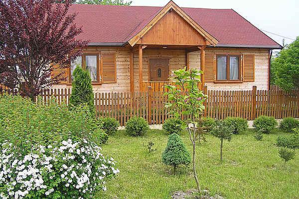 Villa i Ratowo
