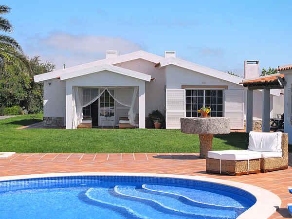 Villa in Amoreira