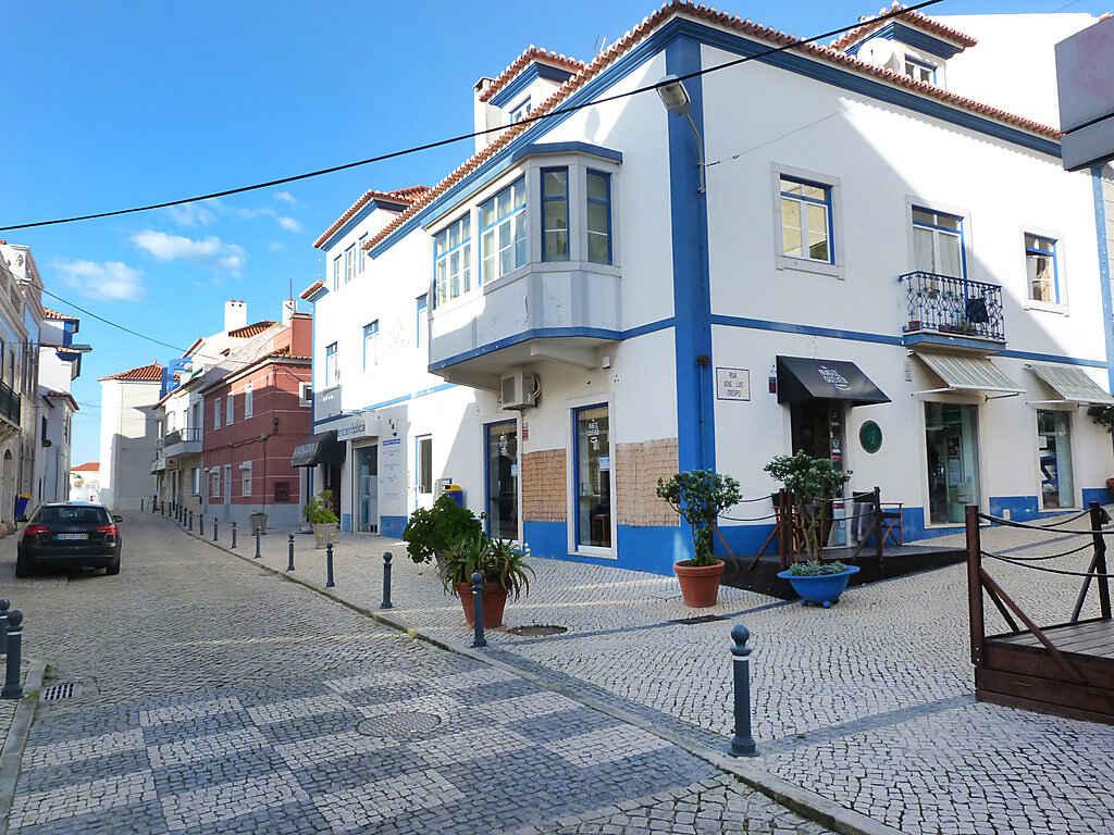 ferienwohnung in ericeira portugal. Black Bedroom Furniture Sets. Home Design Ideas